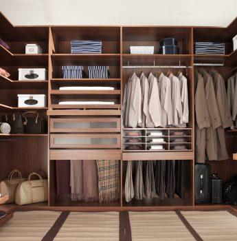 衣柜发霉影响衣物,导致产生异味怎么办?